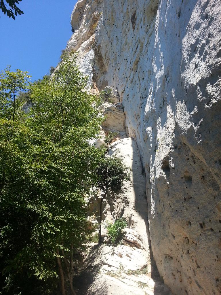Vápencová lezecká oblast Monte Cucco