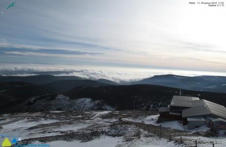 Pohled ze Sněžky 11. prosince 2015