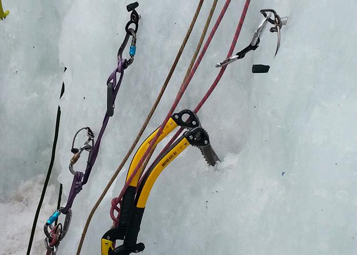 Jistící stanoviště na ledu