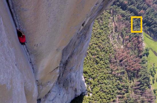 Alex Honnold při volném přelezu El Capitana