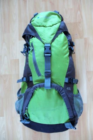 Batoh střední velikosti