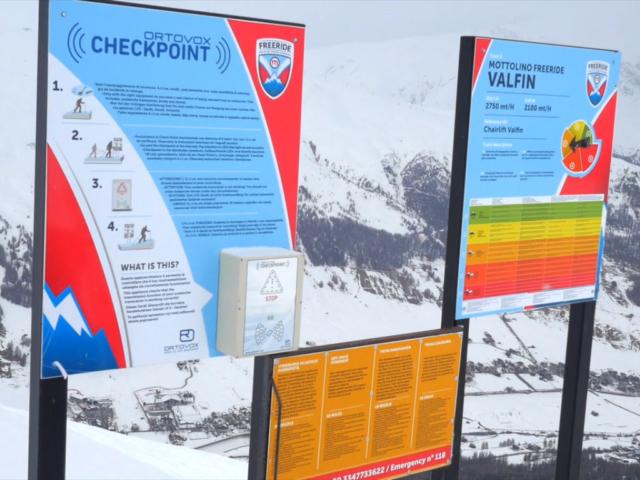 Tabule Ortovox Checkpoint v horách